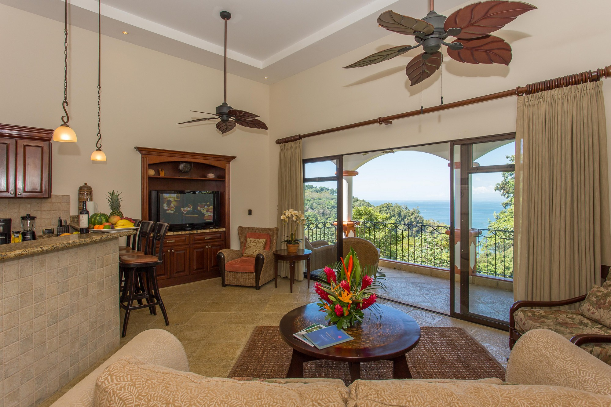 The Shana Residences Penthouse #331
