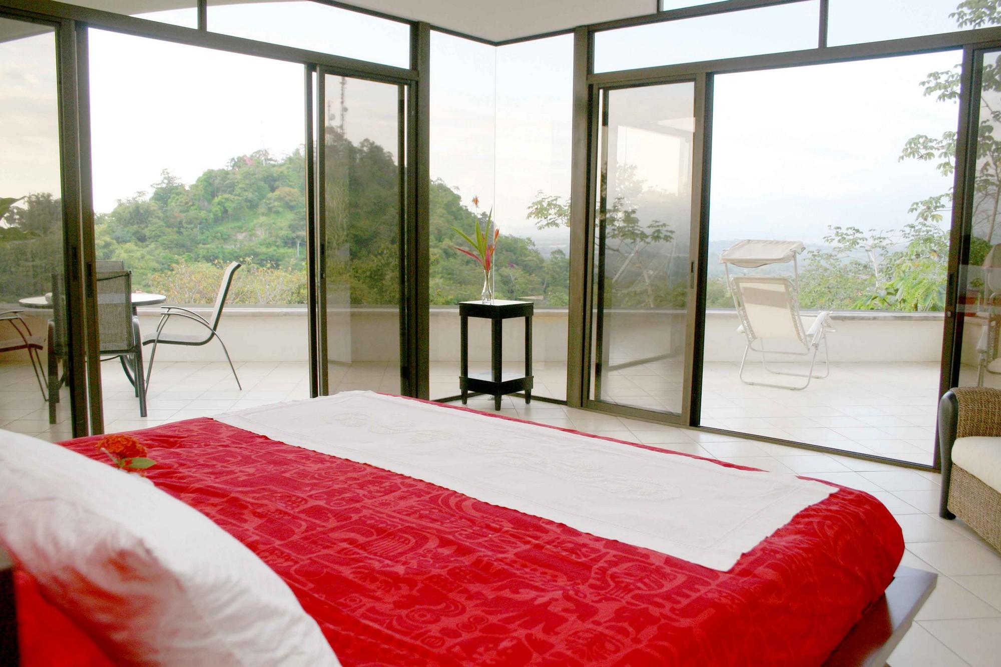 Casa de las Cascadas, Manuel Antonio, Costa Rica Huge, 20-foot windows to watch the sunset...