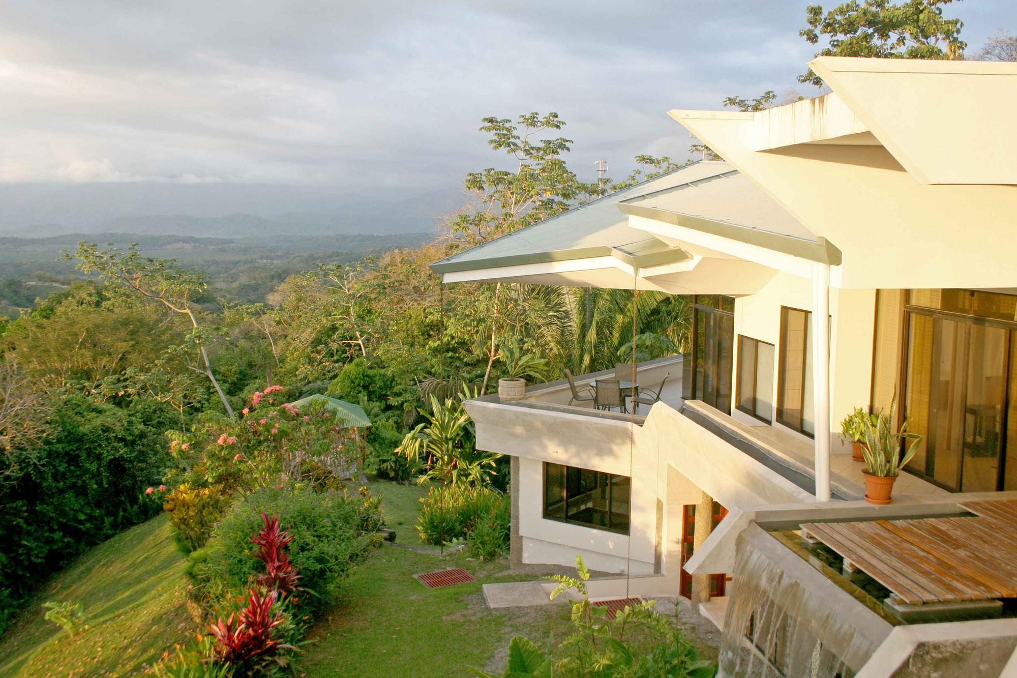 Casa de las Cascadas, Manuel Antonio, Costa Rica A great view of the Talamanca mountains.