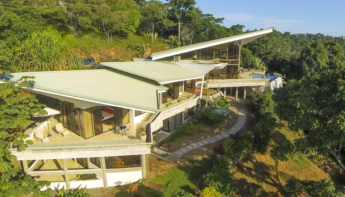 Casa de las Cascadas, Manuel Antonio, Costa Rica Aerial of master bedroom and path to apartment.