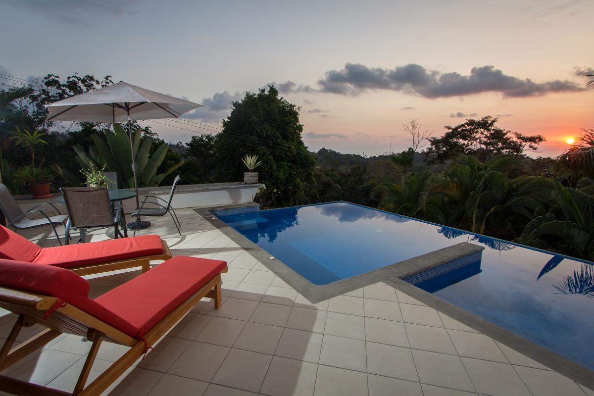 Casa de las Cascadas, Manuel Antonio, Costa Rica Great sunsets over the Pacific Ocean!