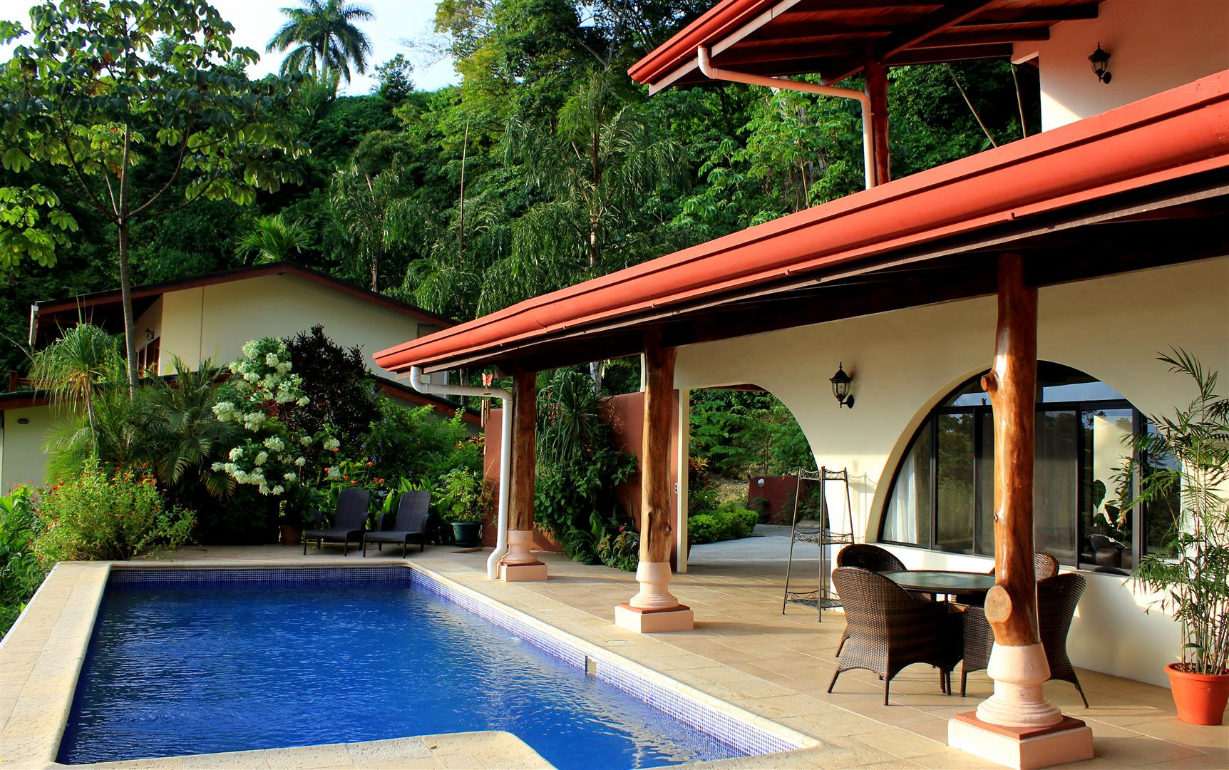 Outdoor pool and terrace at Casa Vida, Manuel Antonio