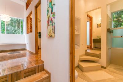 Espadilla Beachfront Villas, Manuel Antonio, Costa Rica Entry & bath