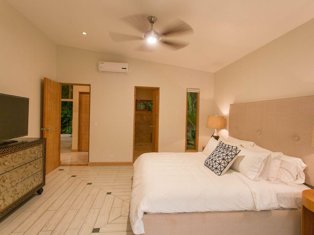 Master bedroom Rio Mono Condos Manuel Antonio Costa Rica